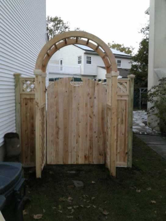 U201cUtahu201d Cedar Gate With Custom Arbor.