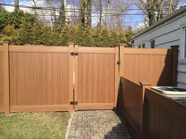 Woodgrain Vinyl Fences & Gates | Liberty Fence & Railing