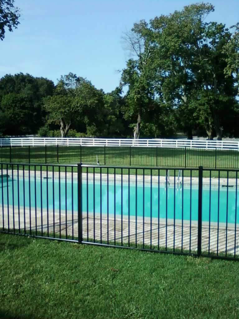 Pool Fences Self Closing Gates Amp Enclosures Liberty