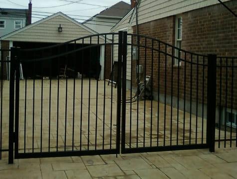 Aluminum Fences Amp Fence Gates Liberty Fence Amp Railing
